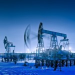 Będzie odbicie na ropie? Scenariusze dla powiązanych rynków.